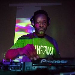 DJ Technics Facebook Live Mix 8-17-2017