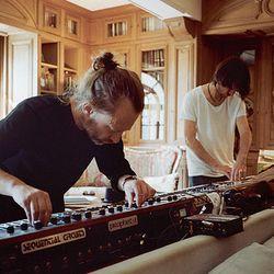 Out of tune season 4 volume 26 - Radiohead