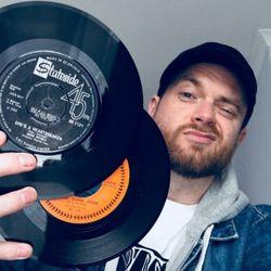 DJ MONEYSHOT - Dollar Dollar Bin Y'All!