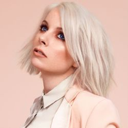 Selector After Dark - Little Boots