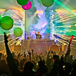 Kaskade LIVE at Chelsea Ballroom Las Vegas- Freaks of Nature Tour 5-26-2012 LQ