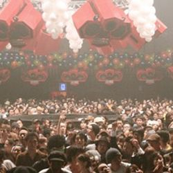 Mixmaster Morris @ Ageha Tokyo pt4
