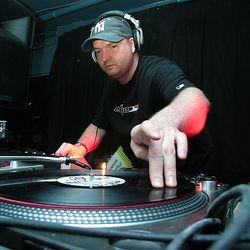 DJ Dan - Live @ Organic (side.b) 1995