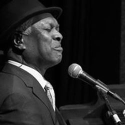 This week Ian Shaw is on stage chatting to Booker T Jones in front of his Ronnie Scott's audience.
