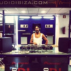 JAMES KAMERAN / Live from the Audio Pioneer Showroom / 07.08.2013 / Ibiza Sonica