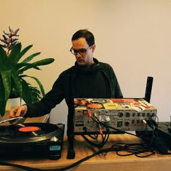 LIVE FROM INVISIBLE CITY RECORDS - BRANDON HOCURA (IC) - DECEMBER 16 - 2016