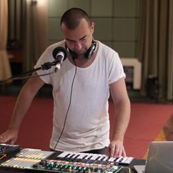 KiNK -Live- (Running Back) @ Live Dance Music Month, Maida Vale Studios - London (27.10.2017)