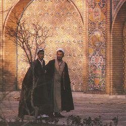 1988: Folkmusic from Iran   Hossein Farjami plays Santoor