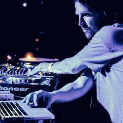 Robin Ball: The Wednesday Alternative Mix
