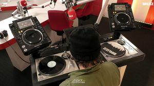 Fancy Foowork //  BRUZZ 98.8FM