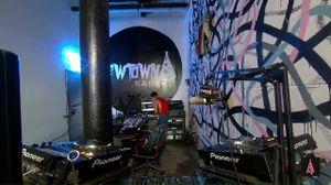 NEWTOWN RADIO BROOKLYN