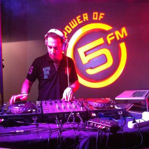 Dj Wags - 5fm Ultimix@6 competition winner - 31 Oct 2011