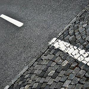La cortina de asfalto programa transmitido el día 17 05 2011 por Radio Faro 90.1 fm!!