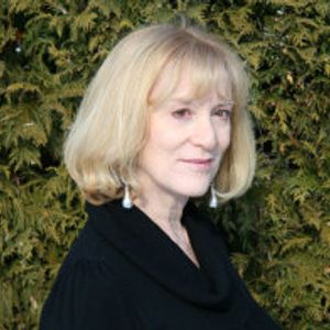Genni Gunn talks of opera and poetry on Not your mother's poetry