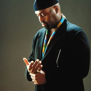 Tribute to Frankie Knuckles..the Godfather of house