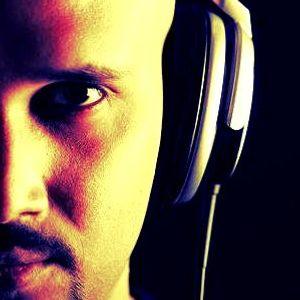 DJ AKS - Nonstop House Mix (June 2012)