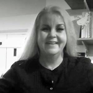 Knock Knock with Suzi Cairns featuring Linda K Berkeley