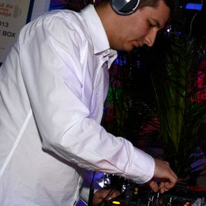 DJ COoLDFusion Live Mix @ Blue Box, Gyöngyös - 09-08-2014