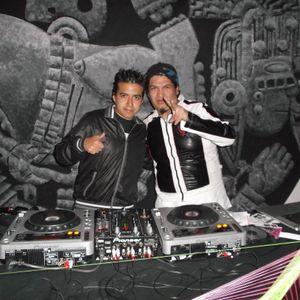 ESTO ES UNPOCO  DELO KE HABRA EN CLCDA RADIO DJ EMET