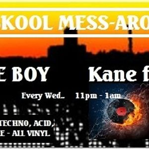 KFMP . Old Skool Mess-around . 04/07/2012. Bones E boy