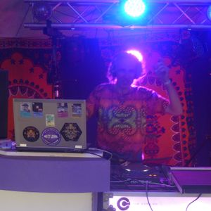 dj bliepertronic progressive set magic forest stage, living village festival 20-5-17
