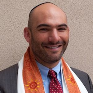 Rosh Hashana 2014, Rabbi Ryan Bauer: In the face of darkness: what are you doing?