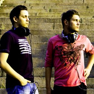 Monolythe Disconnected Radio Show@Guest mix_Dj Maxsie & Alex Speaker_Interview