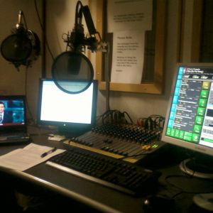 Fred Hart on Tone Radio (17/11/11)