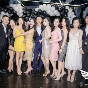 New VietMix - 999 Đóa Hoa Hồng FT Anh Chẳng Sao Mà - Vĩ Cỏ