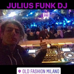 JULIUS FUNK DJ - MIX OLD SCHOOL hip/hop (OLD FASHION MILANO) -  Sunday night EP - 01