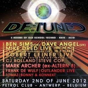 "Ben Sims vs Mark Archer at ""De:Tuned Meeting of Minds"" @ Petrol Club (Antwerpen-BE) - 2 June 2012"