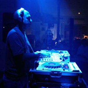 electronica mix 2010 (comercial) by @djleo02
