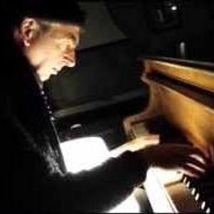 VG90 eerste uur buitenpianist-mix