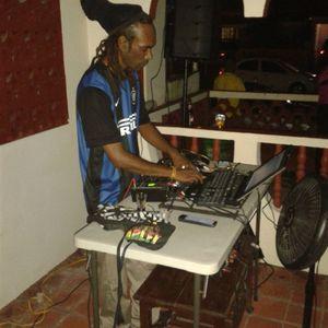 zion soundz...collaboration....with fondation stone....mixxx tape...2013............................