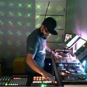 Mazzur_-_Deep_house+House (Studio Mz in Live TV) dj set 15.05.2012