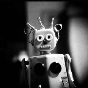I ♥ Robots (And Robots ♥ Me!!)