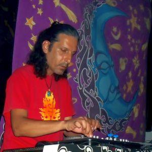 DJ Sunborn - Live Mix @ GreekZ Club, Corfu 08-08-2014