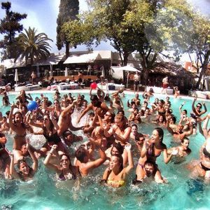 Pool Party Dj set records in August 2014