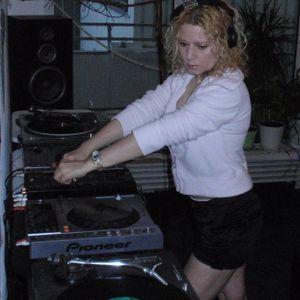 Techhouse/Electronica/Deephouse Mix 06.2011