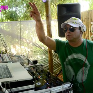 THE RUMBITA--TECH HOUSE--2013--DJ LUPPO--DISCO 02