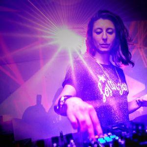 Live DJ Set emitido en www.understation.com.ar DJ JULLS @ LIFE IS A DANCEFLOOR 005