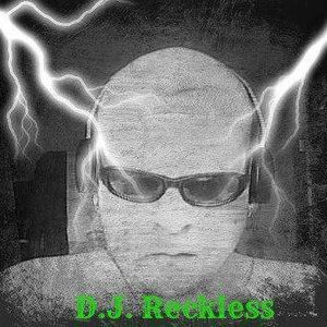 DJ RECKLESS 90S HARDCORE SESH BUZZING OFF MY TITS OIOI