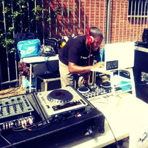 DJ A G BROWN AZONTO ND CO FUNDAY MIX :)