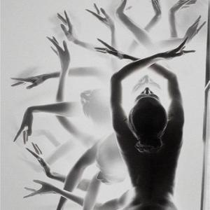 she dances in the dark