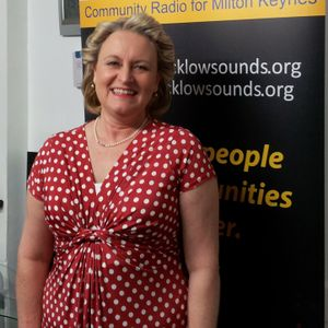 Vocalist Pauline Brown joins Harry & Edna on the Wireless