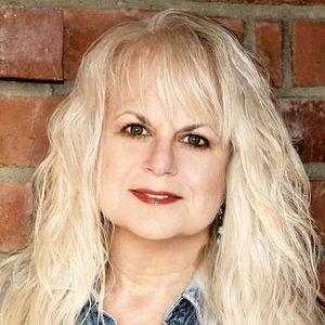 Hysterical Love with Lorraine Devon Wilke