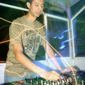 Victor Arias @ Promo Mix Producciones Julio 2011