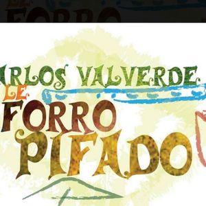 Carlos Valverde et le forro Pifado