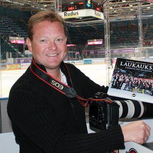Haastattelussa valokuvaaja Jukka Rautio 10.9.2014