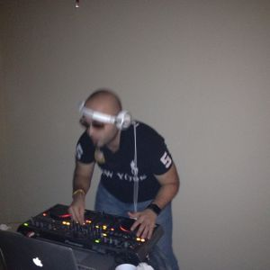 Quekey's Exclusive Mix for JEDDAH City May 2012